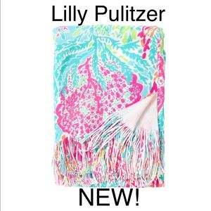 Lilly Pulitzer x Pottery Barn Lets cha cha throw